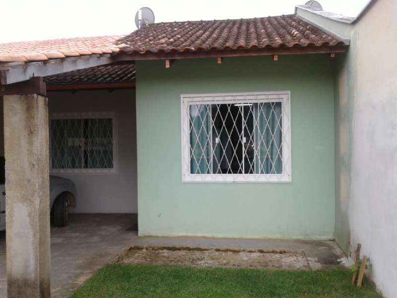 Casa 2 dormitórios no bairro Amizade em Guaramirim