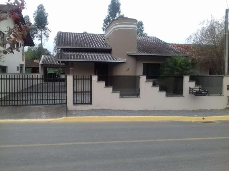 Casa   no bairro Centro em Guaramirim